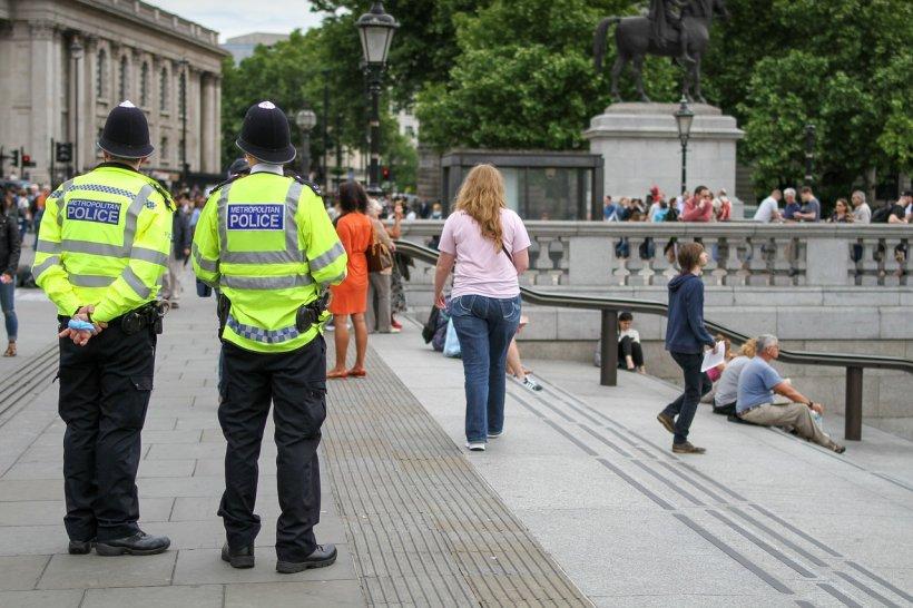 Hoț român din Londra, ajutat de un polițist să fure aproape 1 milion de euro