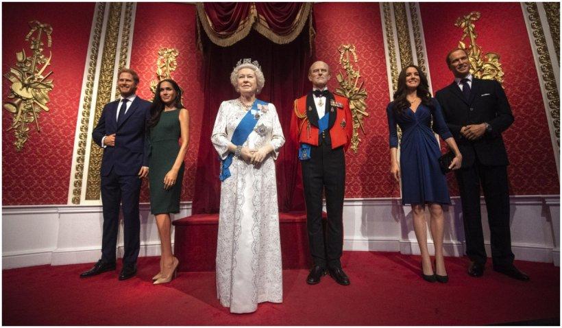 Muzeul Madame Tussauds a separat statuile din ceară ale prinţului Harry şi Meghan de cele ale familiei regale