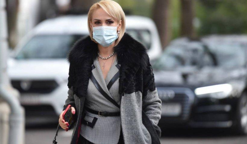 """Gabriela Firea: """"Cifrele pandemiei au fost manipulate în funcție de evenimentele politice"""""""