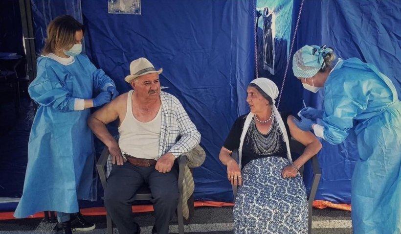 """Primul Bulibașă din România care s-a vaccinat anti-COVID: """"Provine dintr-o familie foarte respectată. El ne-a învățat să fim muncitori"""""""