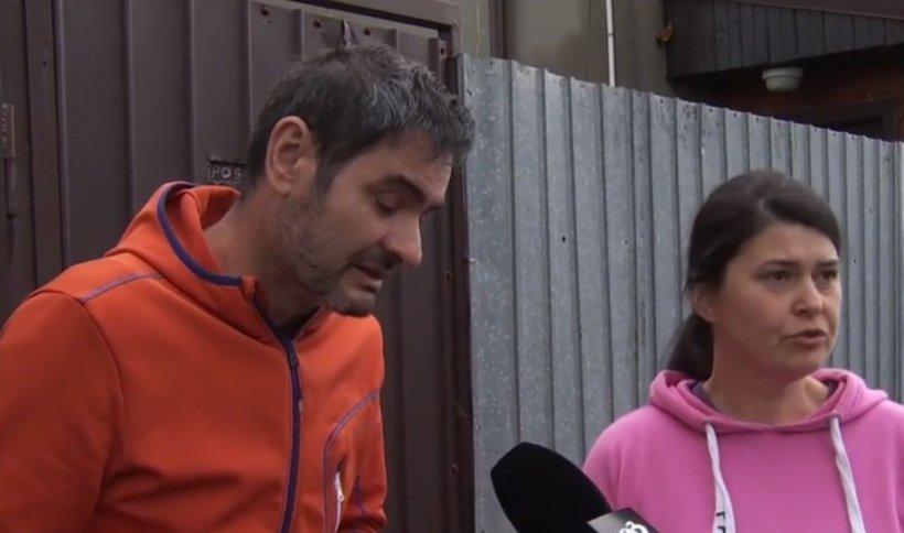 """O fată de 13 ani a dispărut de acasă. Părinții o caută disperați: """"Suntem terminați, distruși"""""""