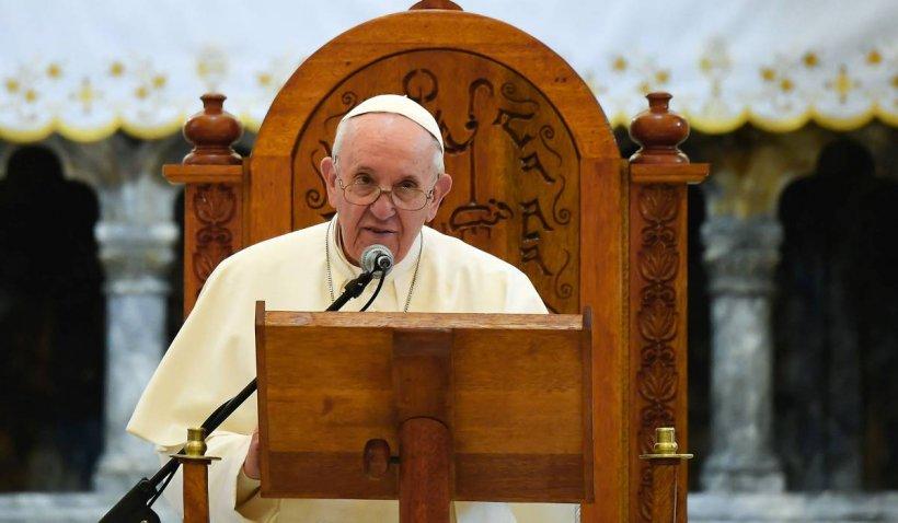 """Papa Francisc condamnă violențele dintre Israel și palestinieni: """"Riscă să escaladeze într-o spirală de moarte"""""""
