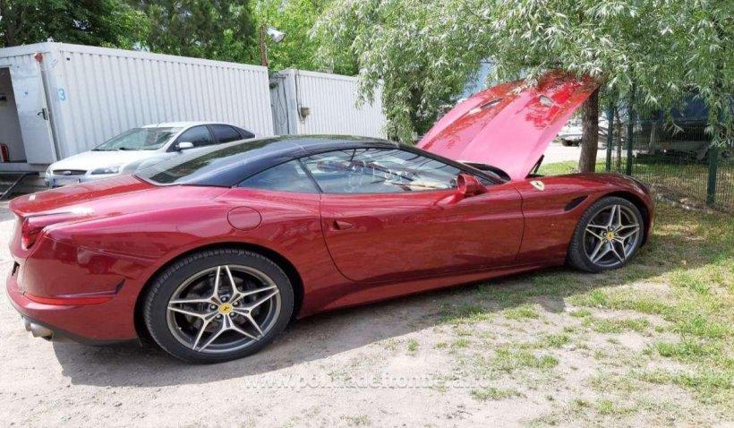Un bărbat şi-a cumpărat Ferrari din Germania şi a rămas fără maşină pe o stradă din Brăila