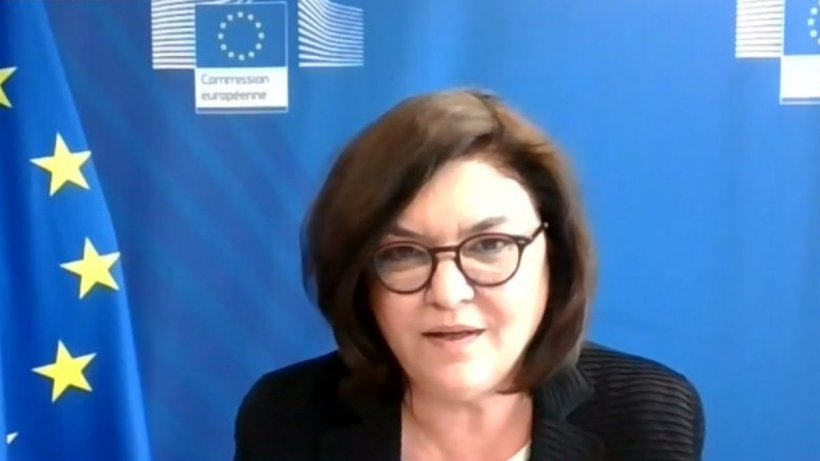 Când şi cum vom călători cu certificatul verde. Interviu cu Adina Vălean, comisarul european pentru Transporturi
