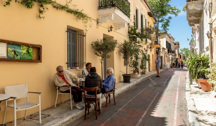 Grecia s-a deschis pentru turişti. Una dintre restricţiile în vigoare - fără muzică la taverene