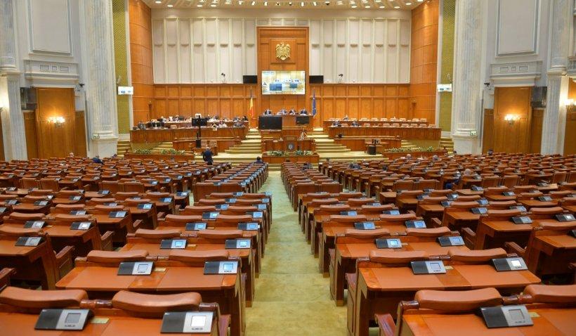 Ajutoare financiare de 500 lei/lună pentru consumatorii vulnerabili de energie, aprobate de Senat