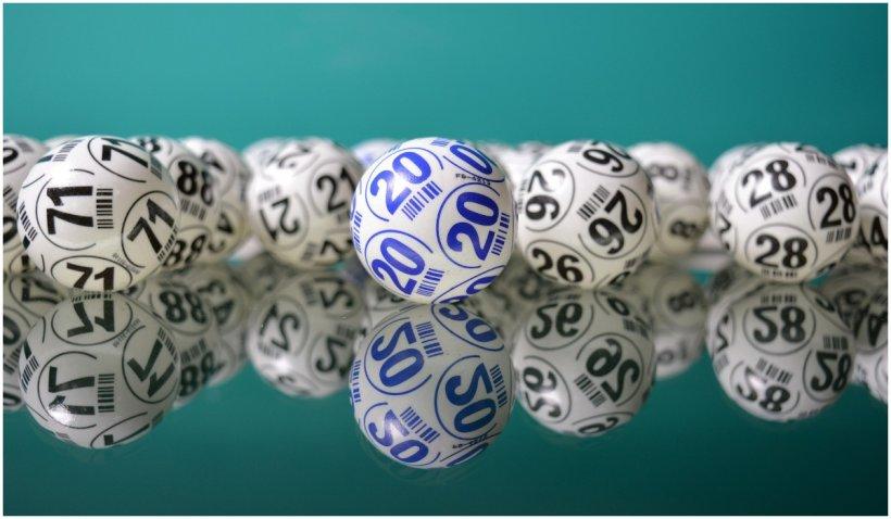 Loterii cu premii de milioane de dolari in SUA pentru persoanele care se vaccineaza contra COVID-19