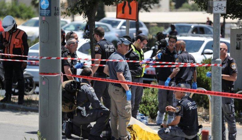 Atac cu cuțitul lângă sediul Poliției din Ierusalim. Agresorul a fost împușcat