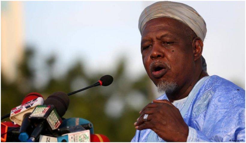 Lovitură de stat în Mali. Preşedintele şi premierul de tranziţie, reținuți de armată