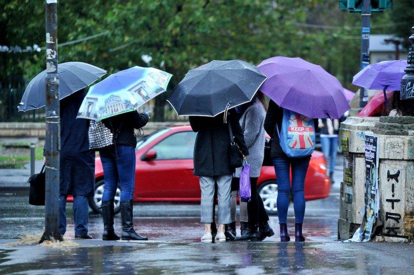 Prognoză meteo București. Vreme urâta, furtuni și temperaturi de 14 grade