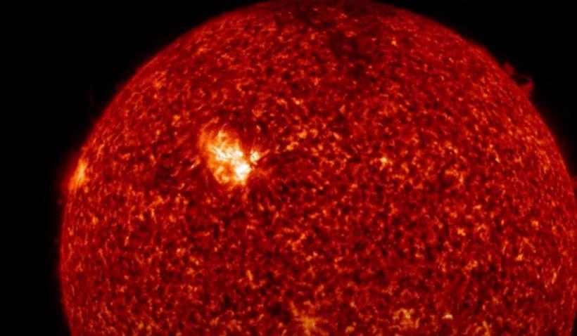 Furtuna solară atinge miercuri Pământul. Ce spune avertismentul NASA