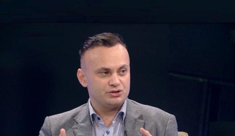 Medicul Adrian Marinescu a răspuns provocării lansate de Florin Cîţu: Ce conţine vaccinul?