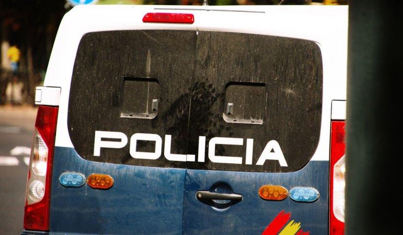 O româncă a fost ucisă de iubitul ei, în Spania. Bărbatul a sunat apoi la poliție să anunțe crima