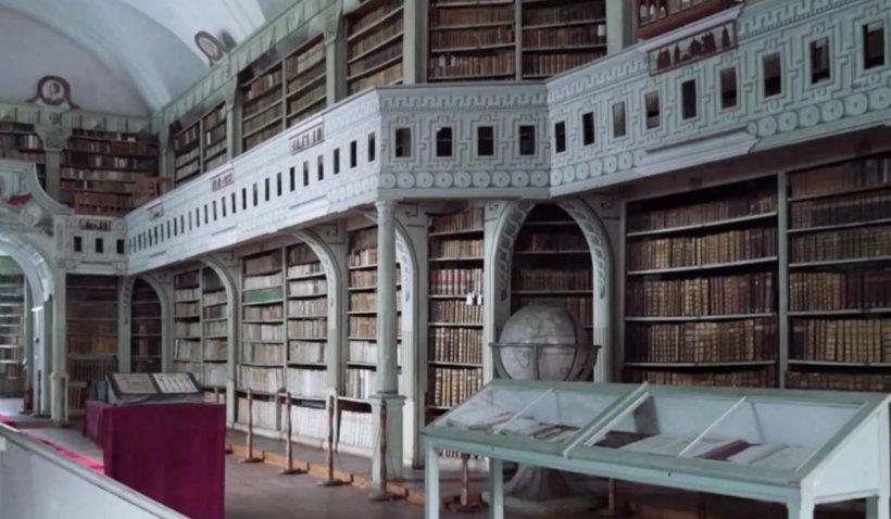 """Biblioteca medievală Batthyaneum rămâne a statului român, după 15 ani de procese. Directorul Bibliotecii Naționale: """"Putem acum să digitizăm colecția"""""""