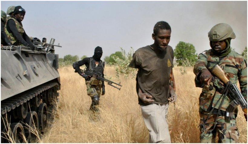 Zeci de copii răpiți de la școală în Nigeria