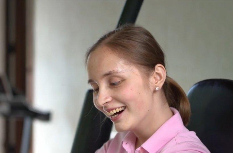 Andreea, minunea de la ATI. A ieșit din comă și se recuperează, deși medicii nu-i dădeau nicio șansă de supraviețuire