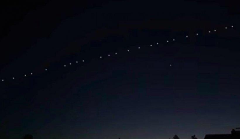 Sateliţi Starlink, vizibili cu ochiul liber pe cerul României, vineri, în jurul orei 23:00
