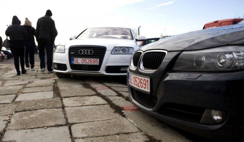 Înmatricularea mașinilor mai vechi de 15 ani va fi taxată suplimentar. Taxe noi pentru români, odată cu PNRR