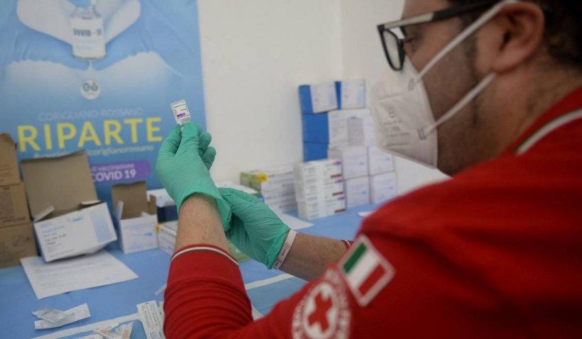 Record de vaccinare în Italia. 600.000 de doze, administrate într-o singură zi