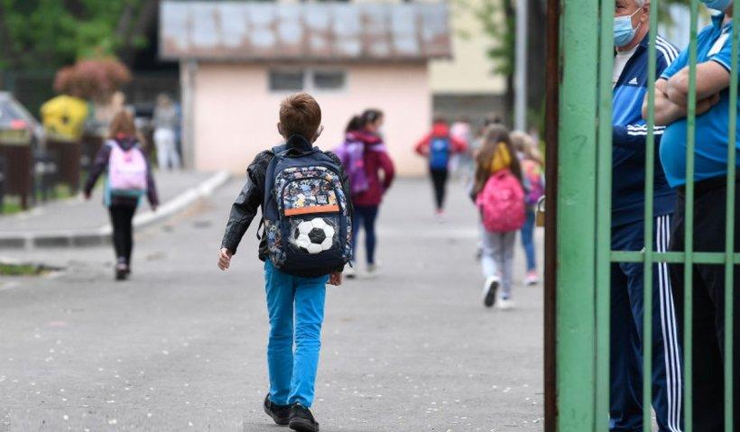 1 din 4 elevi din generaţia celor care dau Bacalaureatul în acest an nu a terminat liceul
