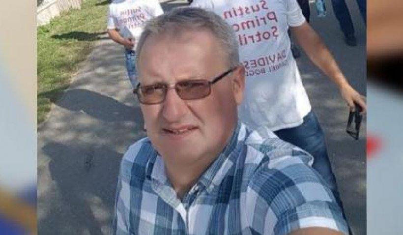 Un fost primar condamnat pentru pornografie infantilă candidează pentru un nou mandat în Prahova