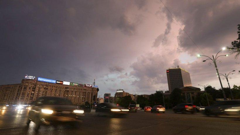 Avertizare ANM: Ploi, grindină și vijelii în zilele următoare, în aproape toată țara