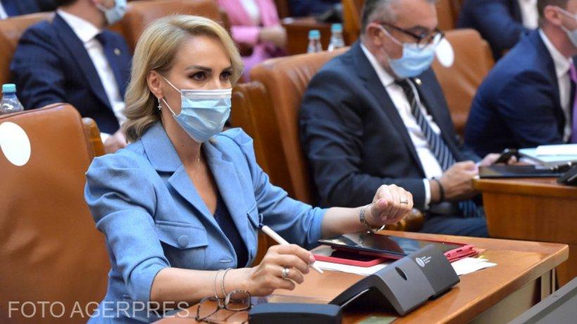 """Gabriela Firea: """"PSD depune un proiect de lege care obligă guvernul să crească alocațiile la 300 de lei"""""""