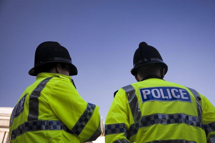 Doi poliţişti români din Londra au fost prinşi că au încălcat carantina, după ce au postat poze din vacanţă pe Instagram