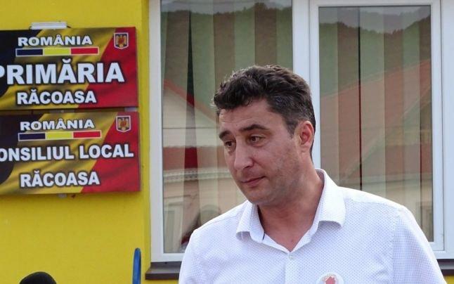 Primar prins beat la volanul mașinii de serviciu, în Vrancea
