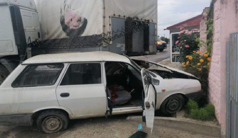 Patru persoane rănite, în urma unui accident produs pe E85 în județul Vrancea