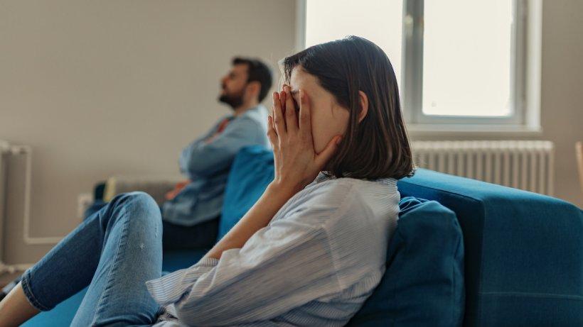 Căsătoriile şi divorţurile au crescut de peste trei ori în aprilie faţă de aceeași lună din 2020