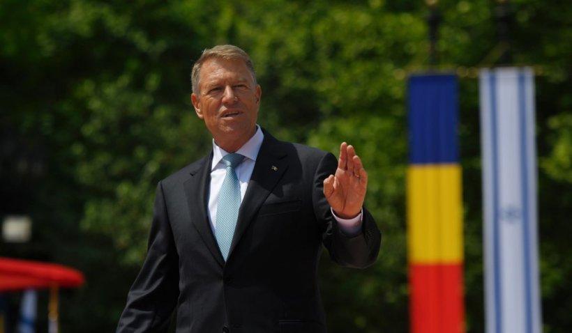 """Klaus Iohannis, mesaj de Ziua Eroilor: """"Jertfa eroilor neamului românesc trebuie să ne inspire pe toți"""""""