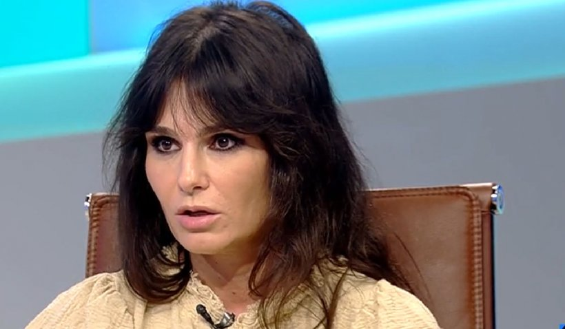 """Dana Budeanu: """"Dacă vaccinezi copiii pentru un virus făcut în laborator îi nenoroceşti. E o crimă!"""""""
