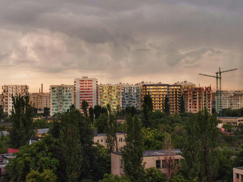 RO-ALERT în Bucureşti, cod portocaliu de ploi torențiale, grindină și vijelii