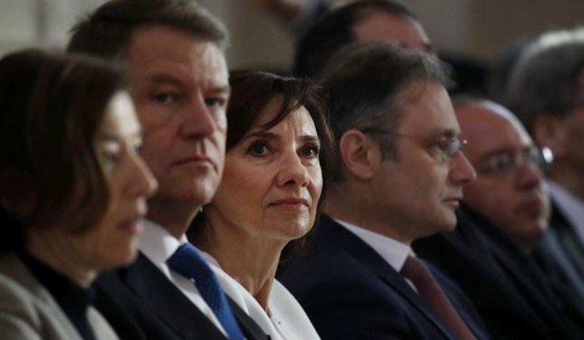 Stilista lui Carmen Iohannis: Soția președintelui nu plătește ținutele