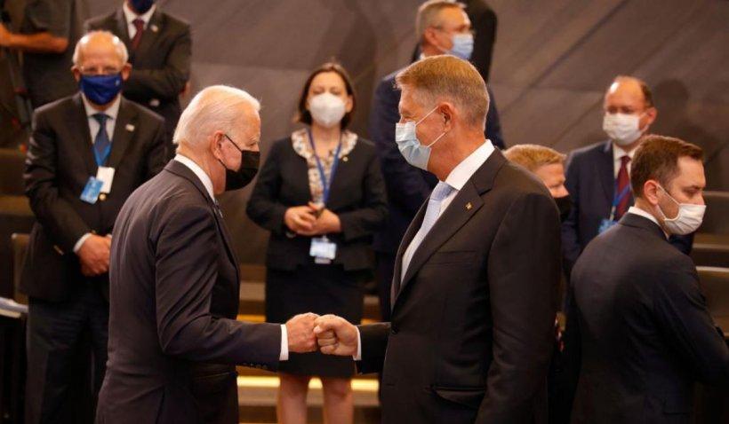 """Klaus Iohannis, după summit-ul NATO: """"L-am invitat pe Joe Biden în România"""""""