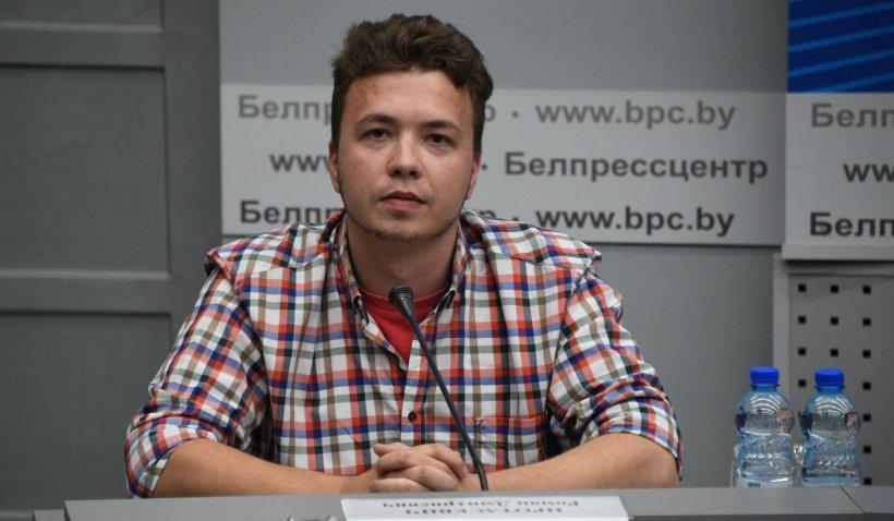 """Roman Protasevici, scos de autoritățile din Belarus într-o conferință de presă: """"Nimeni nu m-a bătut"""""""