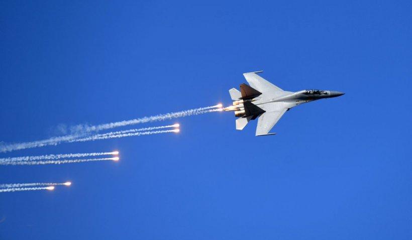 Demonstrație de forță lansată de China după reuniunea G7 și Summit-ul NATO. Zeci de avioane de luptă, inclusiv cu capacități nucleare, au zburat spre Taiwan