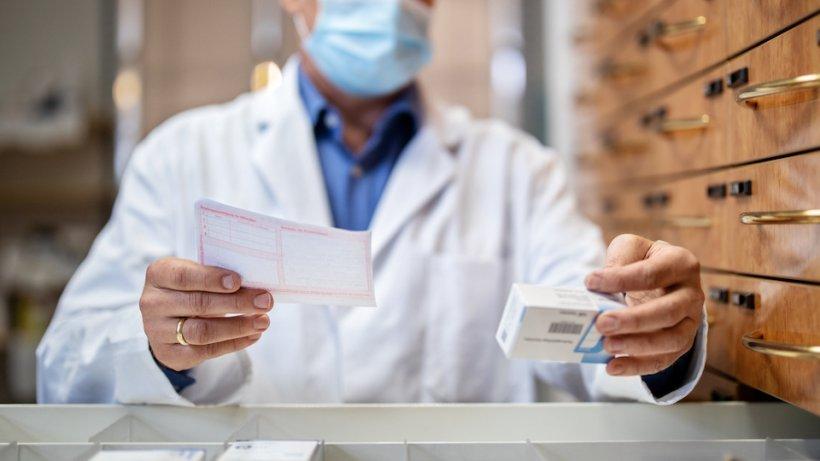 O uriașă operațiune a Interpolului a închis 100.000 de farmacii online care vindeau produse false anti-COVID