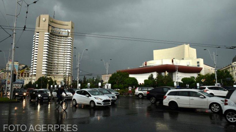 Prognoză specială pentru București, 15 iunie 2021: Averse, vânt și descărcări electrice