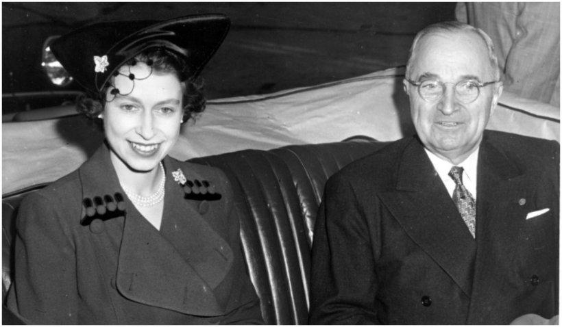 De la urcarea pe tron, regina Elisabeta a întâlnit 13 preşedinţi SUA