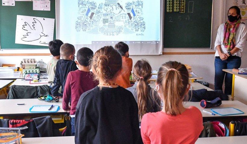 Creşteri de venit pentru profesori, din această lună. Ordinul semnat de ministrul Sorin Cîmpeanu