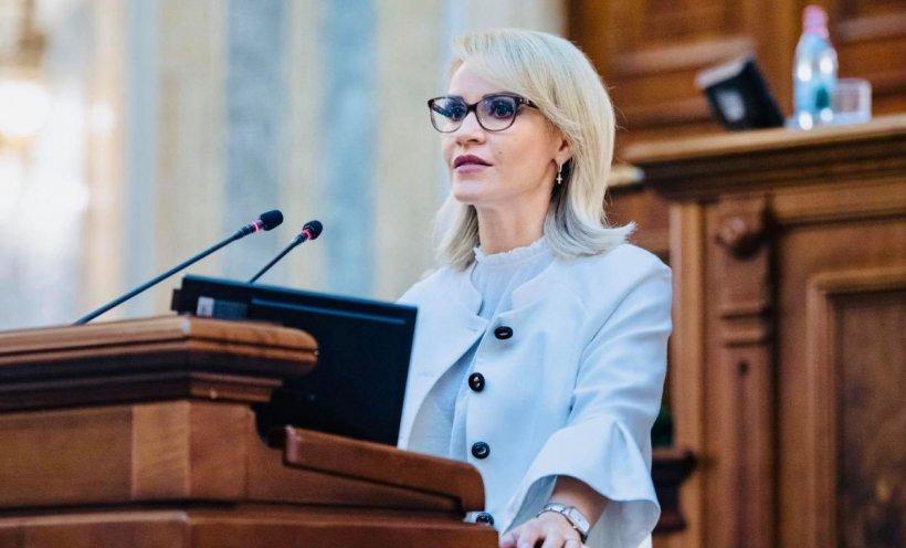 """Gabriela Firea: """"Jungla de dreapta nu are suflet pentru familiile din România. Copiii, subiect de propagandă politică"""""""