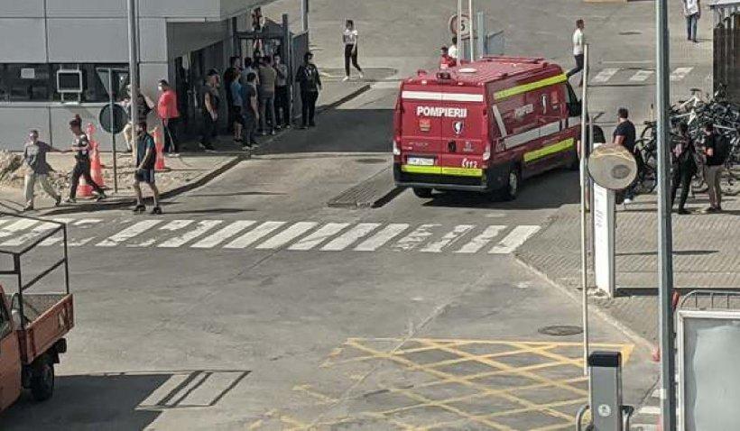 Incendiu la o fabrică de producție și depozitare produse finite din Timișoara. 600 de persoane evacuate