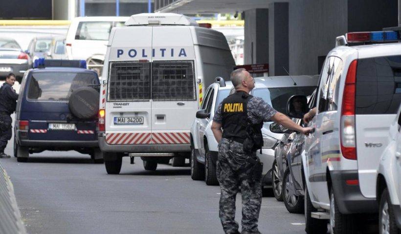 Managerul unei bănci din Capitală, bănuit că ar fi furat din unitate 100.000 de lei și 40.000 de euro