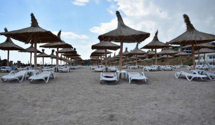 Apele Române scot la licitaţie 12 sectoare de plajă în mai multe staţiuni de pe litoral