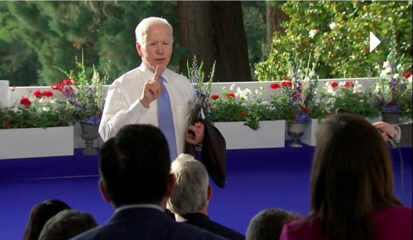 Președintele american Joe Biden i-a sugerat unui reporter CNN să-și schimbe meseria, după care i-a prezentat scuze