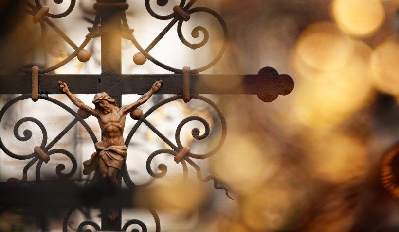 Calendar ortodox 20 iunie 2021. Sărbătoare cu cruce roşie de Rusalii