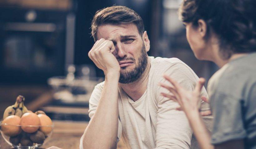 """O ieşeancă divorţează de soţ fiindcă e """"prostul satului"""": """"În Italia am cunoscut adevărata plăcere"""""""