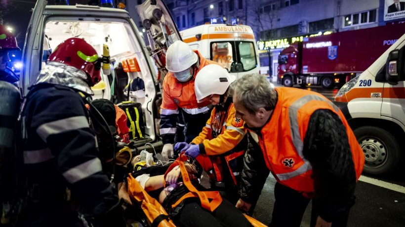Salvatorii de pe ambulanţă, eroii victimelor! Cum arată o noapte din viaţa unui echipaj de pe Ambulanţa Bucureşti